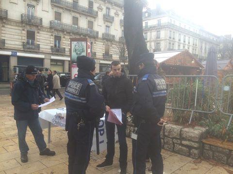 Petition sur le video protection ce matin e piolle envoie la police grenoble le changement for Police grenoble