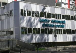 le CCAS installé par la municipalité Carignon à Villeneuve afin de renforcer la présence publique et la mixité du quartier