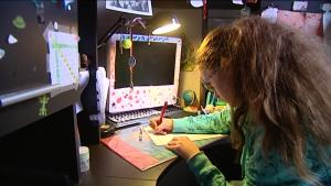 Gloria, 13 ans, écrit à Piolle qui ne veut rien entendre. Elle refuse la bétonisation de Grenoble