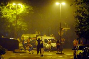 Juin 2011 la municipalité Destot/Safar s'incline devant les délinquants. Juillet 2011 le quartier s'embrase quand il voit la police