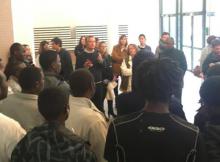 Claude Coutaz ( municipalité Piolle ) et avocat spécialisé accueillant les migrants sur le campus