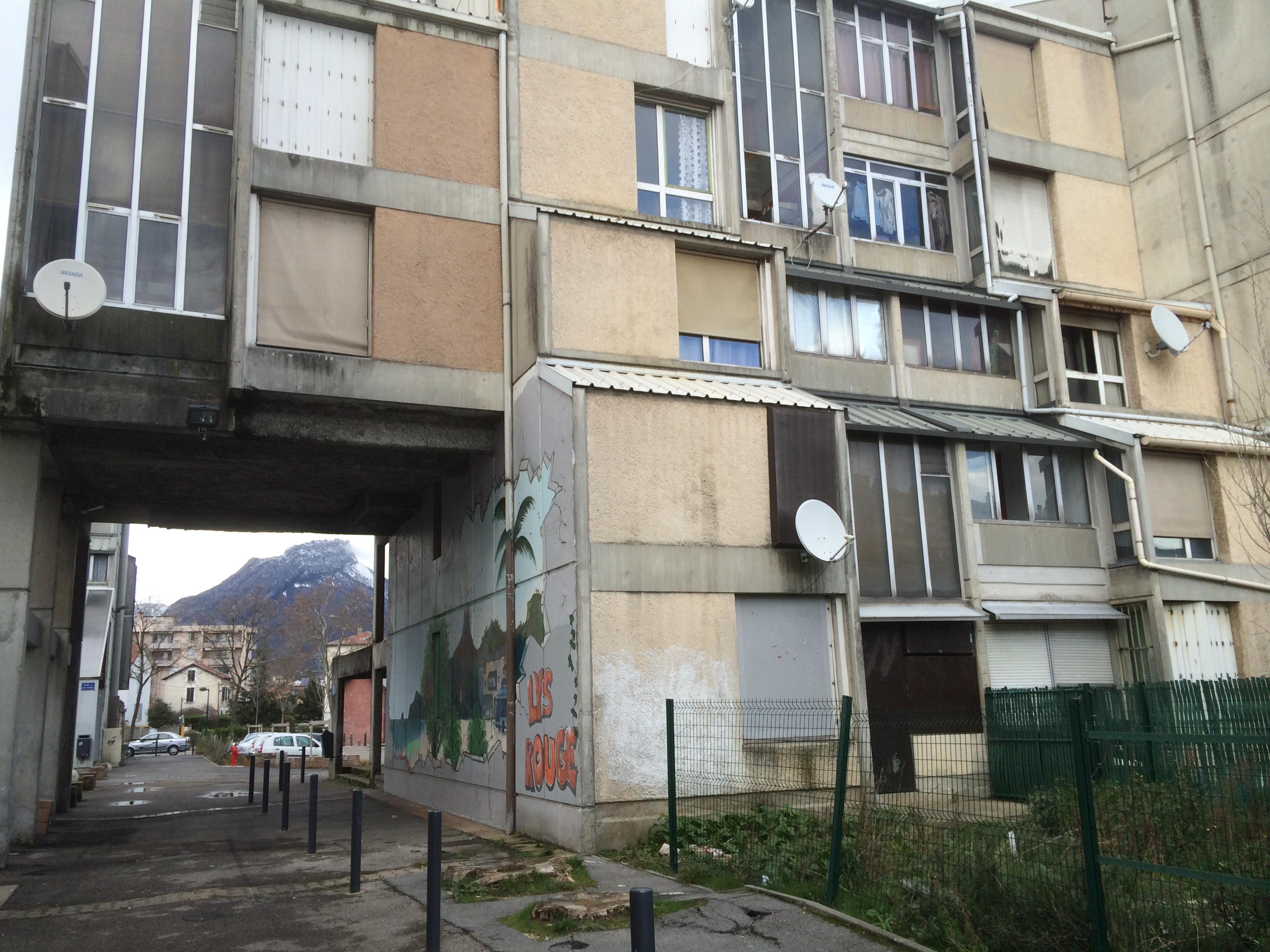 LOGEMENT LA BAISSE de la VALEUR des BIENS S ACCéLˆRE – Grenoble