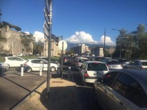 A la Bastille tout a été fait pour créer les bouchons facteurs de pollution: réduction du bd Gambetta et du cours J Jaurés , fermeture du quai Claude Bernard dans le sens de l'entrée.