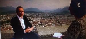 Alain Carignon à la Bastille répondant aux questions de FR3