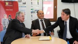A.Djellal (PS) entre Marc BaÏetto le Président PS de l'agglo et M.Destot le député Maire (PS) de Grenoble