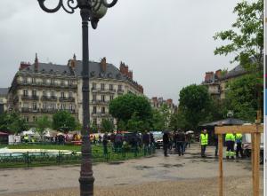 zéro grenoblois place Victor Hugo ce matin : un nouveau bide de PIolle