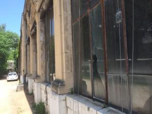 l'Orangerie : un lieu .. mais l'argent pour réparer après 2020
