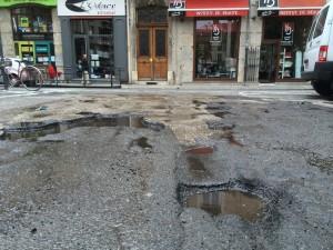 """Place de Metz : sans un """"citoyen """" la municipalité n'aurait rien vu !"""