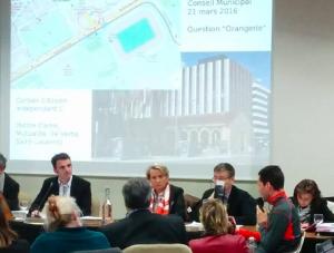 ... quand le Maire ne se fait pas interroger directement par un membre de son comité de soutien, ici Guillaume Laget