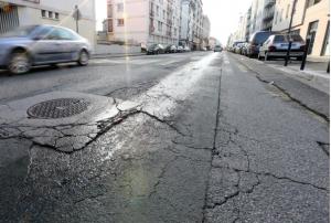 Même le Dauphiné Libéré a publié des photos de la dégradation de la voirie: ici rue Ampère
